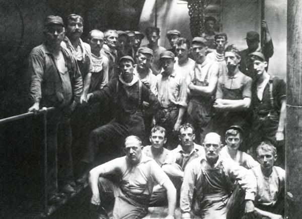 Group photograph of workers.