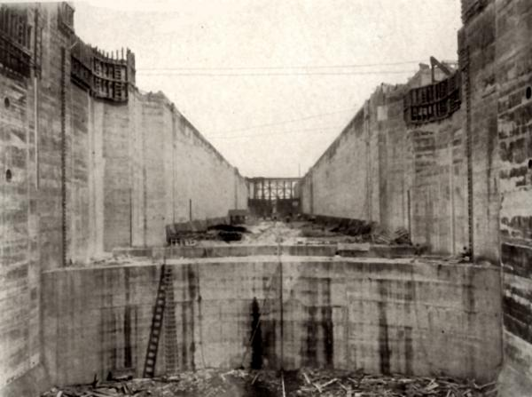 Image of the Upper Lock, construction not yet completed.