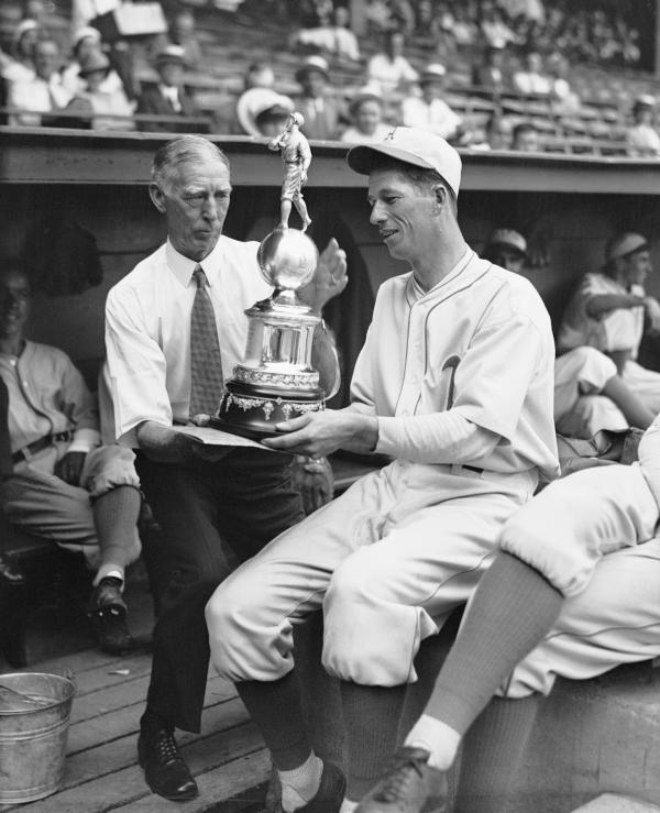 Grove Shows Trophy to Connie Mack 1932