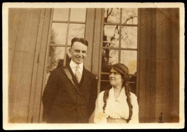 Margaret Mead and Luther Sheeleigh Cressman, ca. 1917-18.