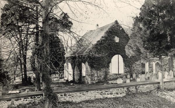 Exterior photograph of St David's Church