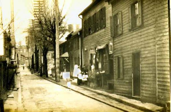 Free black residents of Tanner's Alley, including Joseph Bustill and William Jones, were active in the Underground Railroad and utilized the nearby railroad to transport fugitive slaves.