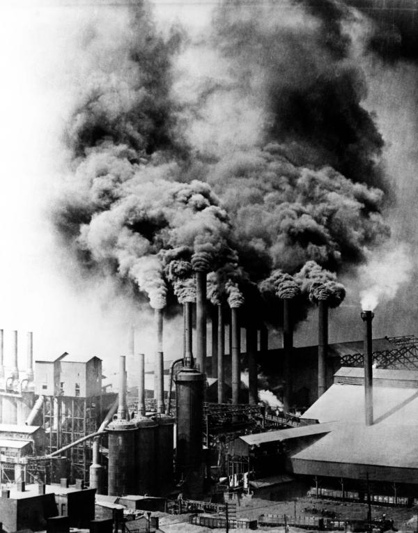 Smoke pollution produced by Pittsburgh factories