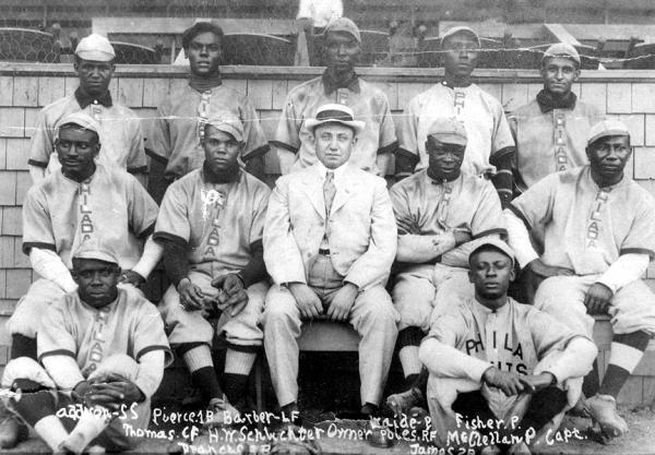 An early team photo of the Philadelphia Giants.
