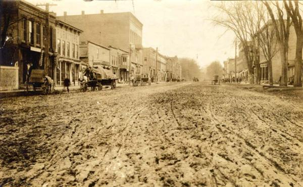 Image of Pinchot road before paving_1909:
