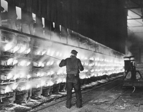 View of a zinc furnace at the Donora works of the American Steel and Wire Co., Donora, Pa.