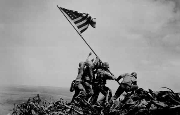 GIs raising the American flag at Iwo Jima