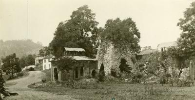 Ironmaster's house and ruins.