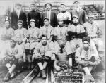 The 1913 Homestead Grays pose for a photo in 1913.